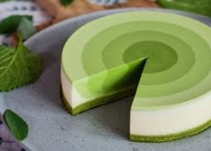 How To Make A Gradient Green Tea Cake With Just A Few Ingredients