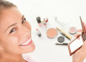 Best Natural Makeup Products Without Synthetic Pigments And Chemicals