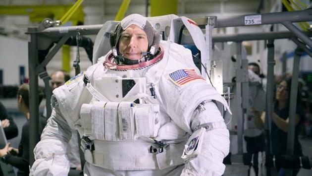 canadian astronaut international space station - photo #9