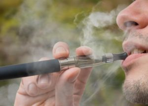 E-cigarettes No Better Than Regular Cigarettes Study Says