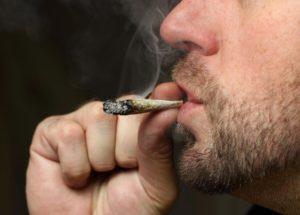 Smoking Marijuana Can Cause Severe Illness for Teenagers via Newfound Lung Disease
