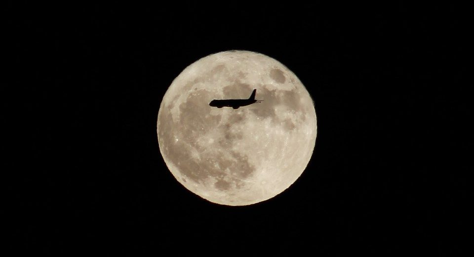 Scientists Find Peculiar Connection Between People's Sleeping Schedules and the Full Moon