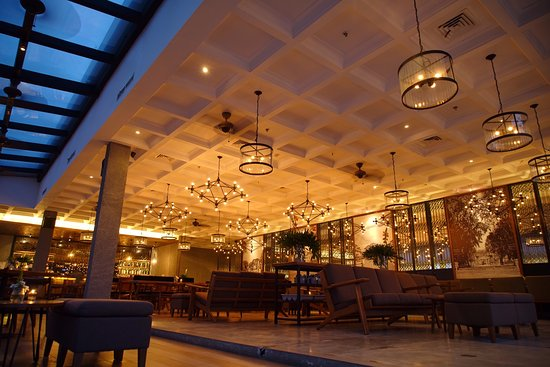 COVID-19 Restrictions: What Happens To Indoor Dining?