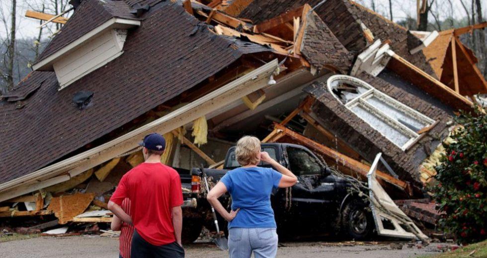 Devastating Tornadoes Hit Alabama – At Least 5 People Died
