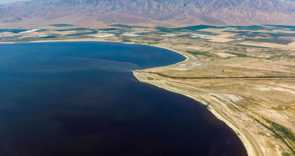 Swarm of Earthquakes Jolt the Grounds that Surround a Californian Lake