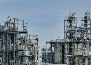 The Oil Refineries Will Emit More CO2 Emissions in the Near Future, Research Finds