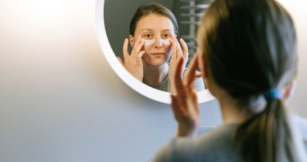 Check Your Eye Bags, Don't Carry Them On