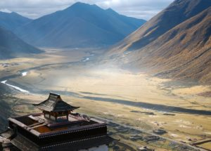 Find Out How Freshwater Lakes on the Tibetan Plateau Absorb Heat From the Sun