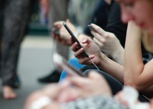 Study Finds Social Media Poses Serious Mental Health Issues for Teens