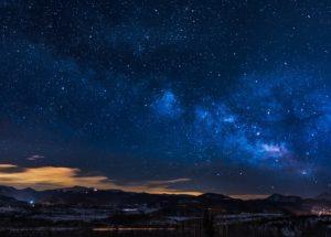 Sparkling Fireball Ignites the Night Sky of Colorado – Watch Video