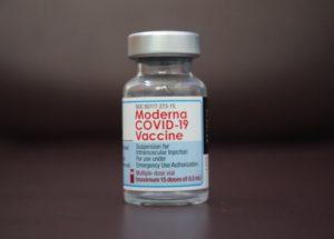 FDA Vaccine Advisers Analyze Moderna Boosters
